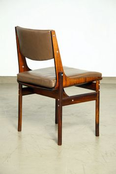Jorge Zalszupin; Rosewood, Leather and Aluminum Side Chair, c1970.