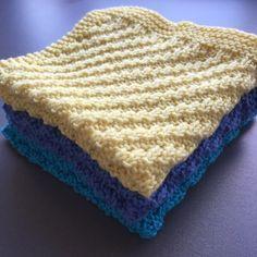 by GJ: DIY - Strikket karklud # 2 - Forskudt rib - Knitted dishcloth Knitted Washcloth Patterns, Knitted Washcloths, Crochet Dishcloths, Knit Crochet, Knitting Patterns, Crochet Patterns, Chrochet, Knitting Stitches, Free Knitting