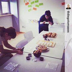 Los desayunos mas sabrosos y mediáticos en @pbccoworking ;-) #postureo #sweetmonday #trabajaryvivir con @estherenlanube y @yolandacabrerod vía @diegotomases