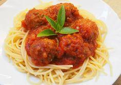Italian Recipes, Spaghetti, Pork, Baking, Ethnic Recipes, Kale Stir Fry, Bakken, Backen, Pork Chops