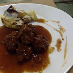 Albóndigas de buey en el menú degustación del restaurante @PetitComite_Zaragoza (Hernando de Aragon 1)