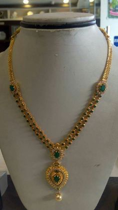 Gold Jewelry Design In India Gold Bangles Design, Gold Earrings Designs, Gold Jewellery Design, Necklace Designs, Gold Jewelry Simple, Pendant Jewelry, Bridal Jewelry, Jewelry Stand, Chains