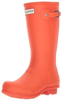 Kids Orange Hunter Boots. 15+ Rain Boots for Kids. Spring rain boots for kids. Bright colored rain boots for kids. www.madewithhappy.com Kids Rain Boots, Rubber Rain Boots, Hunter Original, Cute Outfits For Kids, Birthday Fun, Hunter Boots, Cool Kids, Activities For Kids, Best Gifts