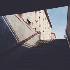 I saw the light #vsco #vscocam #vscogood #vscophile #huntgram #huntgramitaly #picoftheday #postthepeople #lesphotographes #freedomthinkers #exploreeverything #igers #igersitalia #igersmilano #ig_italy #igersoftheday #ig_milan #minimal #minimalism #minimalist #rsa_minimal #whatisitaly #world_shotz #instagood #instagram #inLombardy #milan #milanocityufficiale #inside #milanodavedere by c_a_rlo