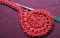 A spiral from Romanian point lace crochet cord, step by step