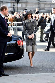 Kate Middleton usou um casaco de R$ 12 mil em evento em celebração nesta segunda-feira, dia 14 de março de 2016