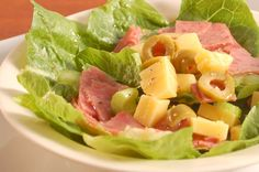 How+to+Crisp+Lettuce+--+via+wikiHow.com