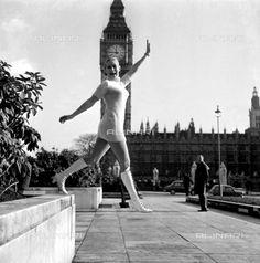 fashion model and consultant, Lisa King, London 1967 (c)Topfoto/Alinari