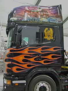 Photo by Will Van der Ouderaa Truck Paint, Cool Paintings, Airbrush, Rigs, Trucks, Star, Cars And Trucks, Track, Truck