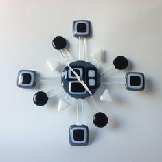 Geo Retro Glass Wall Clock- Black & White