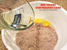 Red Velvet Earthquake Cake - Can't Stay Out of the Kitchen 9x13 Baking Dish, Glass Baking Dish, Cake Mix Recipes, Dessert Recipes, Cake Mixes, Easy Desserts, Earthquake Cake Recipes, Bake My Cake, Red Velvet Cake Mix