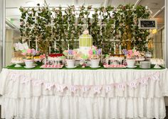 Vote: October Party Finalists 2014 - garden party