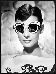 Fashion photography (Audrey Hepburn wears Prada, via thecysight > modebeautechaotique)
