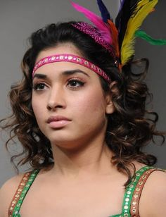 Tollywood actresses can be spotted wearing no makeup as well on an ordinary day out. Here's an insight into some pictures of Tamanna Bhatia without makeup. Beautiful Girl Indian, Most Beautiful Indian Actress, Beautiful Actresses, Tamanna Hot Images, South Indian Actress Hot, Bollywood Girls, Bollywood Actress, Make Up Looks, Stylish Girls Photos