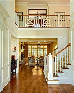 Big white staircase - Beautiful wooden floors - High ceilings - Home decor - Luxurious dream homes