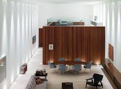 Corten House / Marcio Kogan - © Nelson Kon