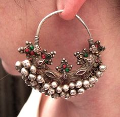 Theseold(early20thcentury)earringsare coming fromJaisalmerDistrict-oldand wearablefor everyday usebecause of their fairly acceptab...