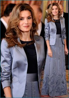 Everything Royal — This is beautiful IMO. Church Dresses, Evening Dresses, Summer Wear For Ladies, Estilo Real, Royal Queen, Work Chic, Queen Letizia, Royal Fashion, Classy Women