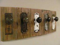 25 idee creative per il vostro appendiabiti in legno riciclato