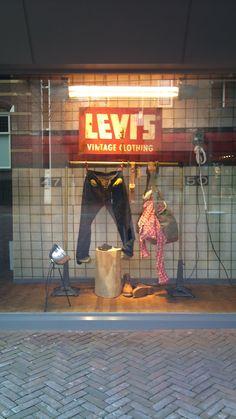 """""""levi's vintage"""", pinned by Ton van der Veer"""