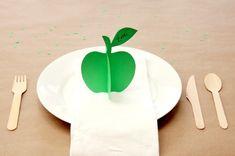 studio diy | apple place cards
