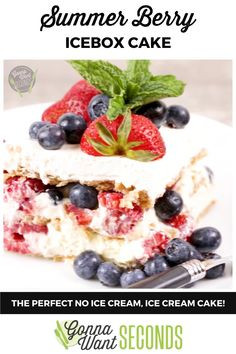 *NEW* Summer berry icebox cake is a cool creamy concoction of triple berry bliss and no-bake cake that comes together in the most delicious and refreshing way. #SummerCake #IceboxCake #NoBakeCake #CakeRecipes #BerryCake Summer Cakes, Summer Desserts, Summer Recipes, Easy No Bake Desserts, Delicious Desserts, Yummy Food, Cupcake Recipes, Cupcake Cakes, Cupcakes
