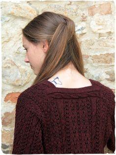 pullover donna Ombretta splendido #pullover #donna in #lana d'alpaca con lavorazione a maglia traforata e #trecce. http://bit.ly/1UOKzcJ #modaetnica #ethnicalfashion #alpacaswhool #lanadialpaca #peruvianfashion #peru #lamamita #moda #fashion #italianfashion #style #italianstyle #modaitaliana #lamamitafashion #moda2015 #fashion2015 #winter #winterfashion