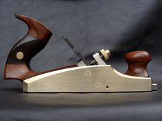 Plaina de cabo de Madeira - pega ergonômica  / Lazarus Handplane Co. Infill Smooth Plane | Flickr - Photo Sharing!