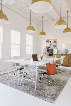 Office Space: Studio McGee: Before and After Studio Tranformation // home office, clean modern office, office inspiration, minimalistic, minimalism Workspace Design, Office Workspace, Office Interior Design, Home Office Decor, Office Interiors, Home Decor, Office Ideas, Design Studio Office, Loft Office