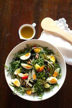 Salada de Atum, Batata, Feijão Verde e Rúcula - http://gostinhos.com/salada-de-atum-batata-feijao-verde-e-rucula/