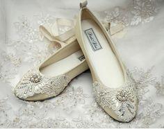 fd8f4694299e7d Elizabeth Ballet Flats in Vintage Lace   Swarovski Crystals Perlen
