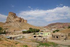 Hosap Castle Guzelsu Turkey Now thats a castle that has probably seen off an invader to two!! #kurdistan #turkey #easternturkey #travel #castle