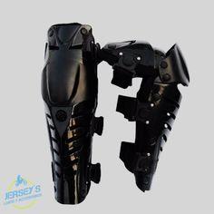¿Quieres proteccion? Aqui esta!! No busques Mas!! JS Lujos y Accesorios te trae los mejores productos para que estes protejido en todo momento.  WhatsApp y móvil +57 3137638881  +57 3226712305  +57 300 360 5193 O escríbenos a jslujosyaccesorios@gmail.com   #lujos #accesorios #motos #motocicletas #cascos #buff #yofas #jerseys  Aún no nos Sigues en Instagram? Qué esperas? Síguenos como:@jslujosyaccesorios