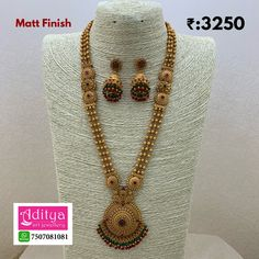 Pearl Necklace Designs, Jewelry Design Earrings, Gold Earrings Designs, Gold Necklace, Gold Chain Design, Gold Bangles Design, Gold Jewellery Design, Gold Wedding Jewelry, Gold Jewelry Simple