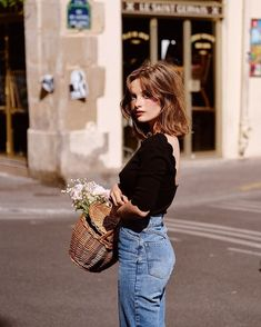 Minimal Fashion, Love Fashion, Girl Fashion, Fashion Outfits, Jeanne Damas, Date Outfits, Summer Outfits, French Girls, Vogue