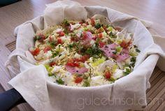 TAVA BÖREĞİ ( pizza tadında ) | http://www.gulceunsal.com/tava-boregi-pizza-tadinda/
