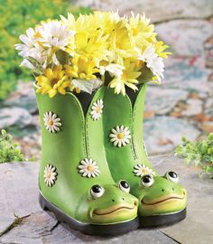 Floral Daisy Frog Boots Planter