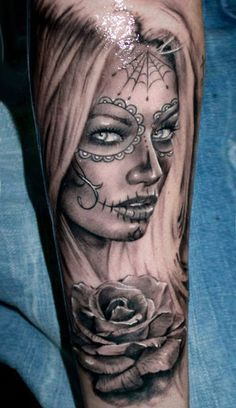 50 incredible Santa Muerte tattoos, great designs from all over the world. Pretty and colorful or dark and terrifying portraits of Santa Muerte. Neue Tattoos, Body Art Tattoos, Tattoo Drawings, Girl Tattoos, Tattoos For Guys, Tattoos For Women, Tattoos Pics, Maori Tattoos, Tatoos