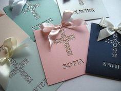 ~ ~ ~ ESTE LISTADO ES UNA MUESTRA DE ESTA INVITACIÓN ♥♥♥ ♥♥♥ ~ ~ ~ ♥ INVITACIÓN PRECIO ~ $4,20 ♥ CONJUNTO DE MUESTRA INCLUYEN: › tarjeta de la invitación, del corte del Laser de 6 x 6 impreso en cartulina blanca o crema Sobre exterior › ♥♥♥ las muestras pueden personalizarse. Si quieres