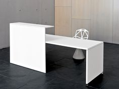 Versatile reception desk where the different elements are integrated to adapt to each situation. By NEWB – Technology & Office Design