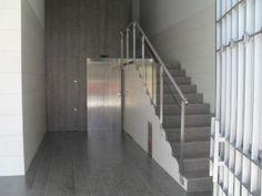 Instalación de ascensor en Pamplona, eliminación de barreras arquitectónicas, accesibilidad, rehabilitación de fachadas y cubiertas.