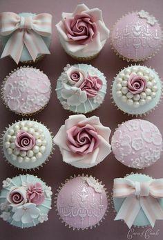 cupcakes finos e delicados.
