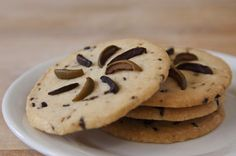 Looking for a new cookie recipe to try? Our Fashion Island baker Jonathan Eng has developed this fantastic, savory Olive Shortbread Cookie Recipe.