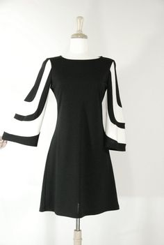SOLD /// 1960's Vintage Mod Black and White Dress - SoHo Street Chic