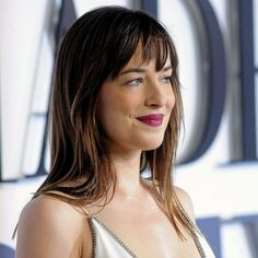 dakota-johnson-bangs-2015-600x600.jpg (600×600)