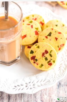 Eggless Fruit Cookies, also known as Karachi Biscuits are popular tea time Indian cookies! Custard Cookies, Fruit Cookies, Almond Cookies, Biscuit Cookies, Brownie Cookies, Biscuit Recipe, Cake Cookies, Cupcakes, Eggless Recipes
