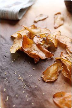 Croustilles de pommes de terre cuites au four à plus basse température