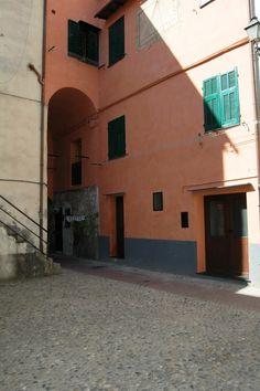 Ventimiglia (IM), Piazza Rocchetta