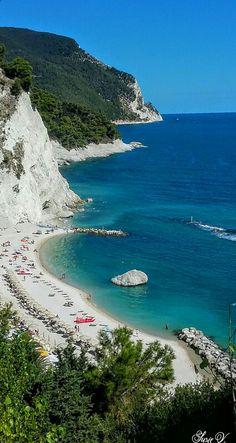Numana, spiaggia dei Frati, Ancona Italy