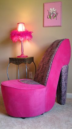 NEW PINK AND LEOPARD HIGH HEEL SHOE CHAIR GIRL GIFT